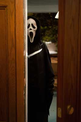Scream 4 - 8 x 10 Color Photo #18