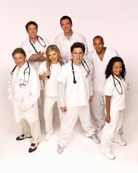 Scrubs (TV) - 8 x 10 Color Photo #010