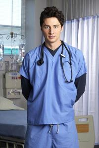 Scrubs (TV) - 8 x 10 Color Photo #014