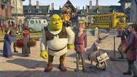 Shrek the Third - 8 x 10 Color Photo #2