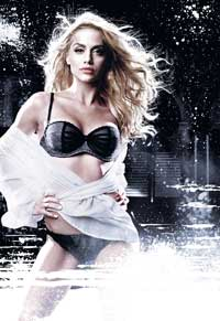 Sin City - 8 x 10 Color Photo #2