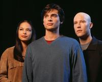 Smallville (TV) - 8 x 10 Color Photo #011