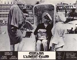 Some Like It Hot - 11 x 14 Poster French Style B