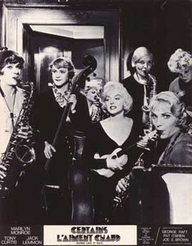 Some Like It Hot - 11 x 14 Poster French Style J