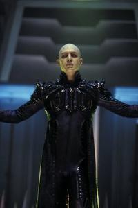 Star Trek: Nemesis - 8 x 10 Color Photo #9
