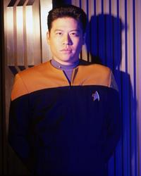 Star Trek: Voyager - 8 x 10 Color Photo #8