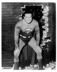 Superman (George Reeves) - 8 x 10 B&W Photo #4