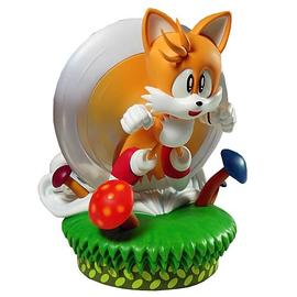 The Adventures of Sonic the Hedgehog - Tails Statue