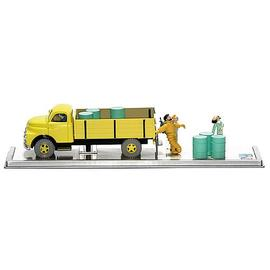 The Adventures of Tintin: The Secret of the Unicorn - Destination Moon Yellow Truck Statue