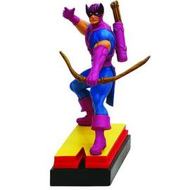 The Avengers - Edition Hawkeye Letter N Statue
