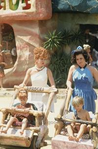 The Flintstones - 8 x 10 Color Photo #14