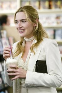 The Holiday - 8 x 10 Color Photo #6