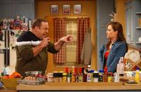The King of Queens - 8 x 10 Color Photo #36