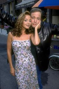 The King of Queens - 8 x 10 Color Photo #86