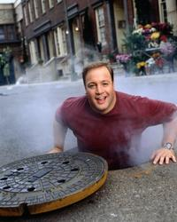 The King of Queens - 8 x 10 Color Photo #100