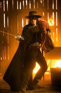 The Legend of Zorro - 8 x 10 Color Photo #5