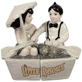 The Little Rascals - Alfalfa & Darla Boat Salt & Pepper Shaker Set