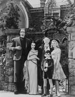 The Munsters - Munsters Posed in Black and White