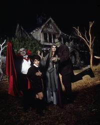 The Munsters' Scary Little Christmas - 8 x 10 Color Photo #2