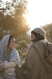 The Nativity Story - 8 x 10 Color Photo #3