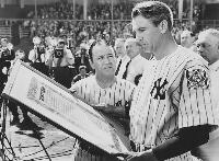 The Pride of the Yankees - 8 x 10 B&W Photo #15