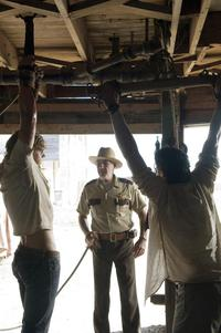 The Texas Chainsaw Massacre: The Beginning - 8 x 10 Color Photo #13
