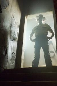 The Texas Chainsaw Massacre: The Beginning - 8 x 10 Color Photo #17
