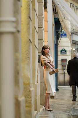 The Tourist - 8 x 10 Color Photo #49
