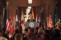 The West Wing - 8 x 10 Color Photo #80
