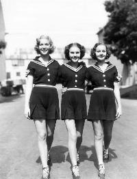 Three Smart Girls - 8 x 10 B&W Photo #2