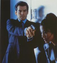 Tomorrow Never Dies - 8 x 10 Color Photo #11