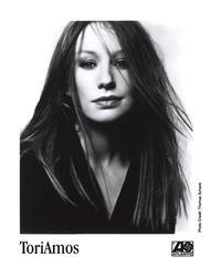 Tori Amos - 8 x 10 B&W Photo #1