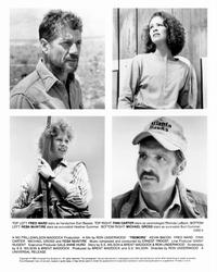 Tremors - 8 x 10 B&W Photo #2