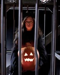Trick 'r Treat - 8 x 10 Color Photo #22