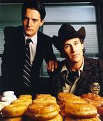 Twin Peaks - Twin Peaks Portrait With Donut