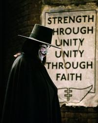 V for Vendetta - 8 x 10 Color Photo #15
