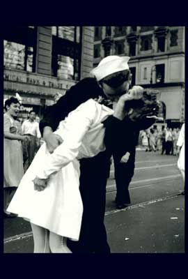 VJ VE Day Times Square Kiss - 27 x 40 Movie Poster - Style A