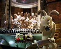 Wallace & Gromit: The Curse of the Were-Rabbit - 8 x 10 Color Photo #7