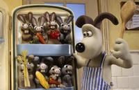 Wallace & Gromit: The Curse of the Were-Rabbit - 8 x 10 Color Photo #20