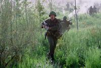 We Were Soldiers - 8 x 10 Color Photo #4