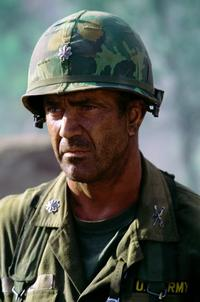 We Were Soldiers - 8 x 10 Color Photo #6