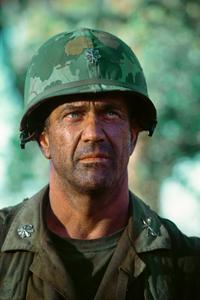 We Were Soldiers - 8 x 10 Color Photo #10