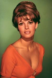 Raquel Welch - 8 x 10 Color Photo #4
