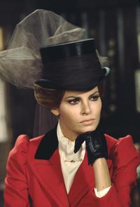 Raquel Welch - 8 x 10 Color Photo #11