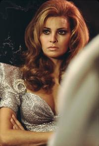Raquel Welch - 8 x 10 Color Photo #12