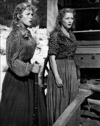 Westward the Women - 8 x 10 B&W Photo #3