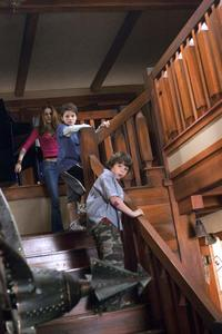 Zathura - 8 x 10 Color Photo #12